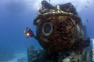 Aquarius Reef Base