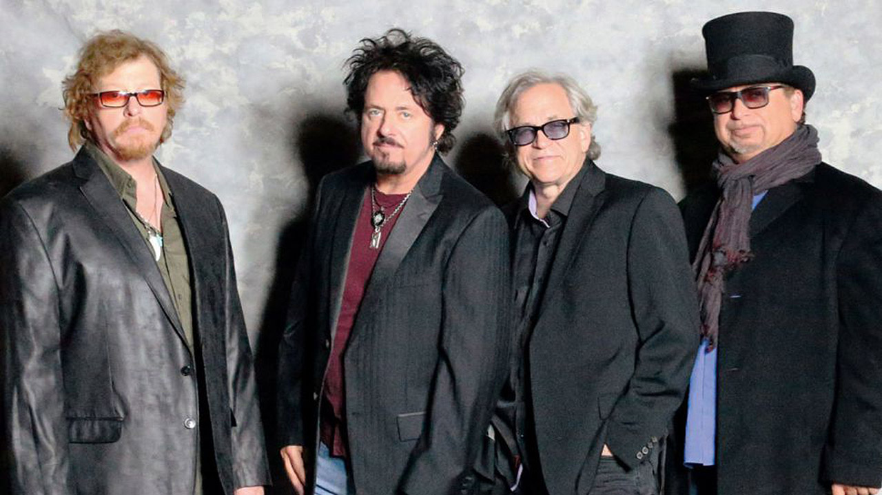 Watch Toto cover Weezer\'s Hash Pipe in Vancouver | Louder
