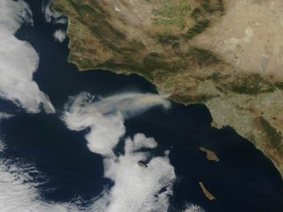 Smoke from California's Spring Wildfire