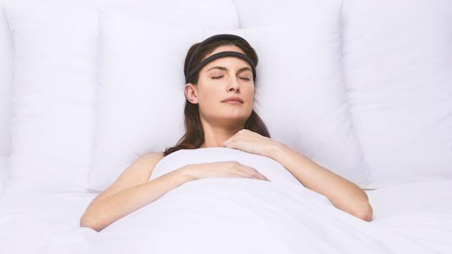 Ikat Kepala ini Dirancang untuk Perbaiki Kebiasaan Tidur