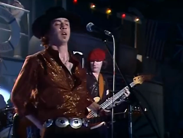 Stevie Ray Vaughan Plays Texas Flood Gets Booed At 1982 Montreux Jazz Fest