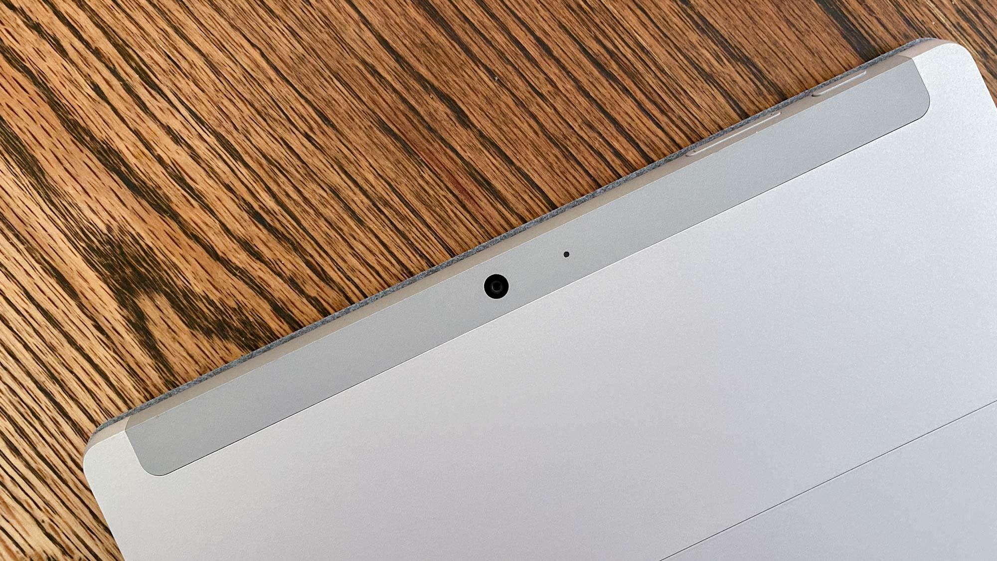 Revisión de Microsoft Surface Go 2 - cámara trasera