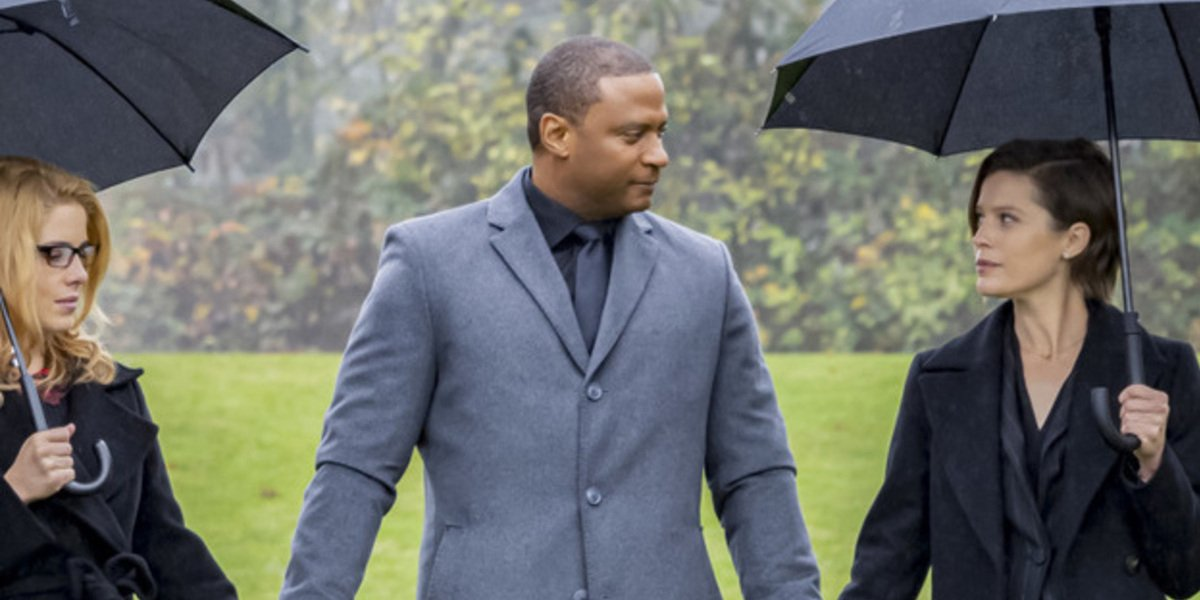 arrow series finale john diggle oliver funeral