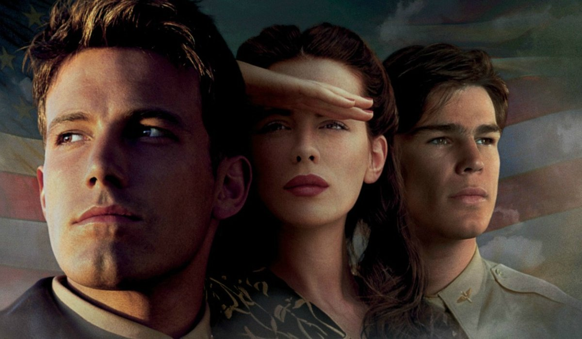 Pearl Harbor Ben Affleck Kate Beckinsale and Josh Hartnett staring off into the distance