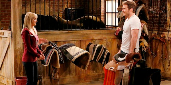 Anna Faris Chris Pratt horse stall on Mom