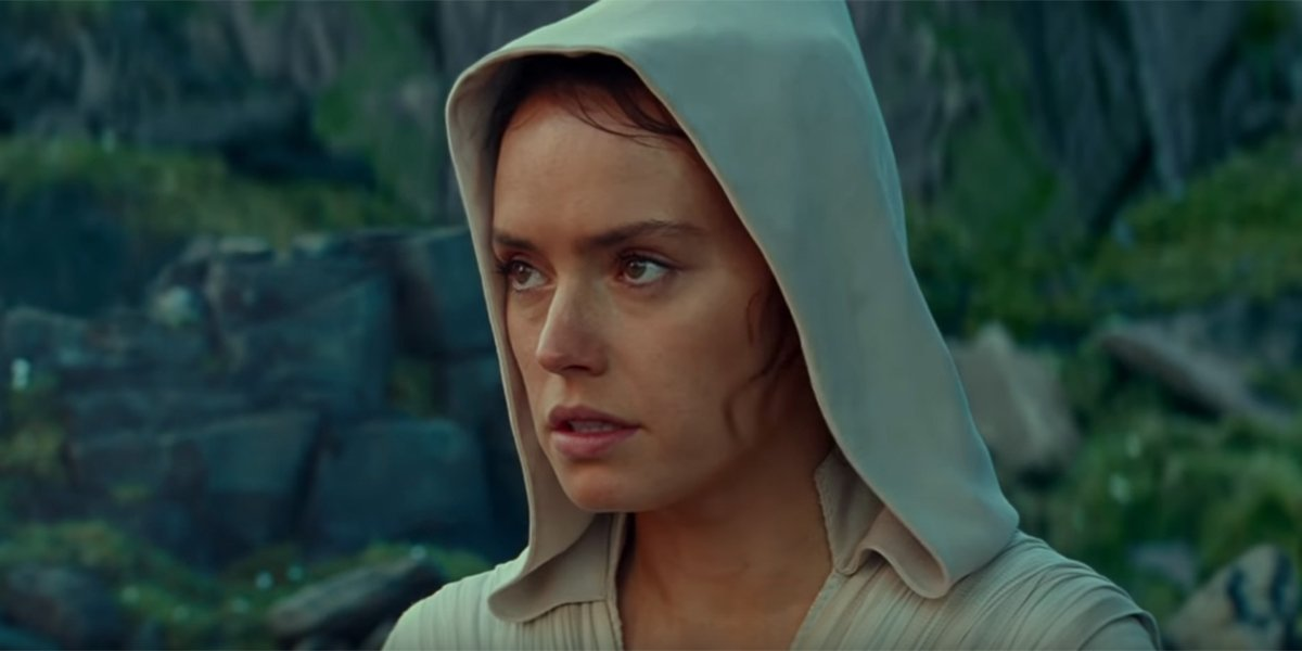 Rey on Ahch-To looking distressed
