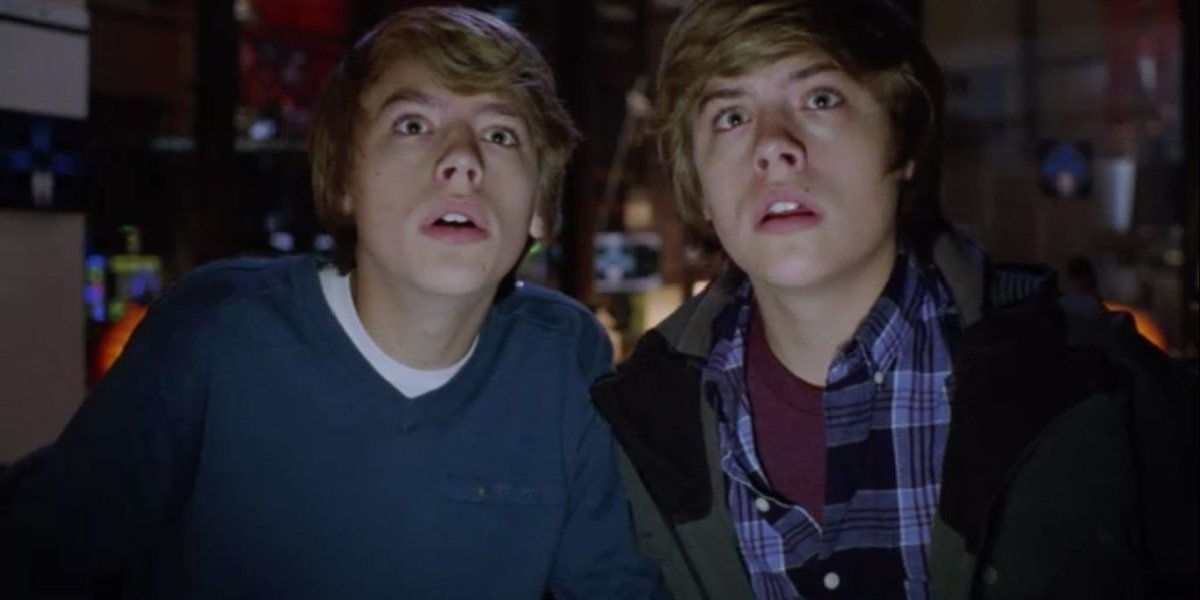 Cole and Dylan Sprouse in the Suite Life Movie.