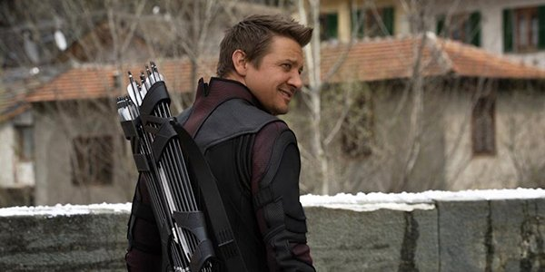 Hawkeye smiling in Age of Ultron