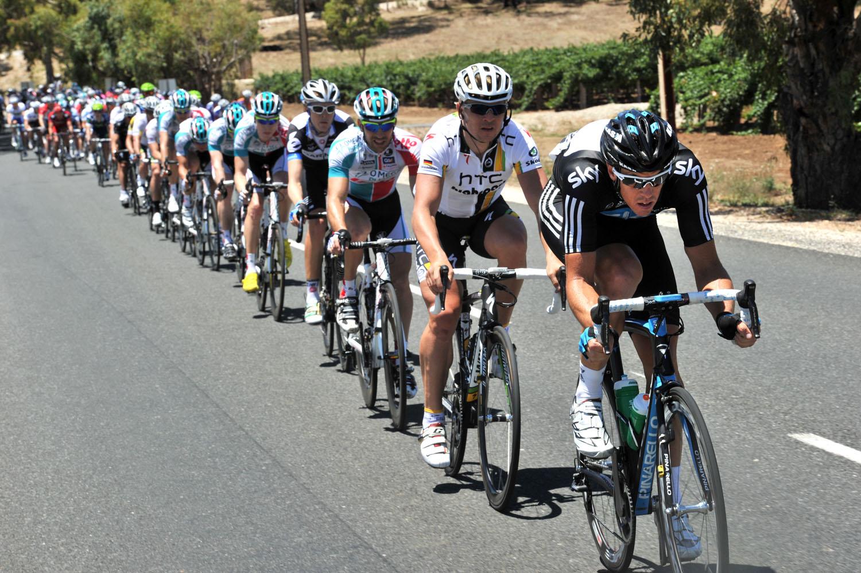 Matt Hayman chases, Tour Down Under 2011, stage one