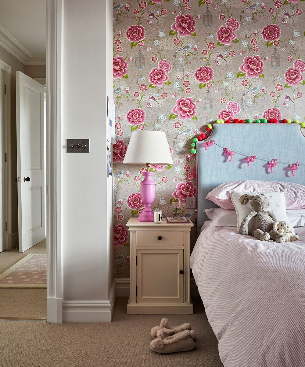 Children S Bedroom Wallpaper Ideas How To Add Character With Wallpaper Homes Gardens