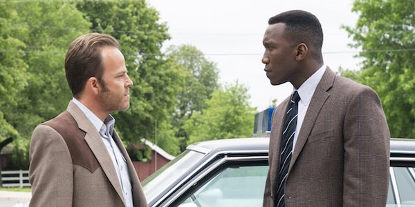 roland and wayne angry by car true detective season 3