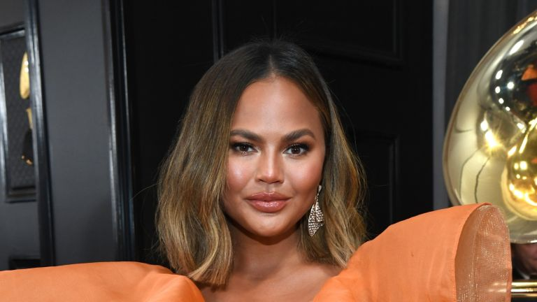 LOS ANGELES, CALIFORNIA - JANUARY 26: Chrissy Teigen attends the 62nd Annual GRAMMY Awards at STAPLES Center on January 26, 2020 in Los Angeles, California. (Photo by Kevin Mazur/Getty Images for The Recording Academy)