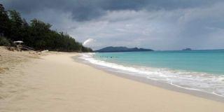 oahu-beach-100727-02