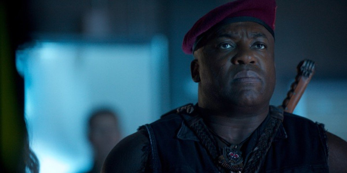 DeObia Oparei - Independence Day: Resurgence