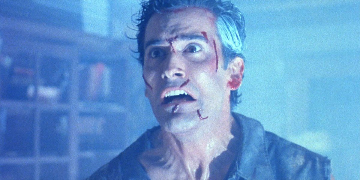Bruce Campbell as Ash Williams close-up in Evil Dead II