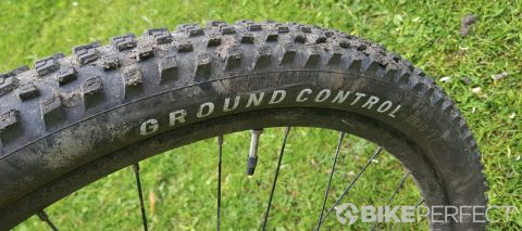 Specialized Ground Control Grid T7