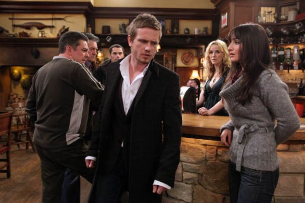 David dumps Leyla in The Woolpack!