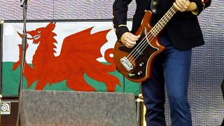 Welsh flag on amp