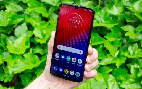 Moto Z4 Review: A Solid 5G-Ready Phone for $499 | Tom's Guide