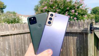 pixel 5a vs galaxy s21