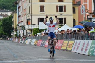 Fred Wright is joining Bahrain-McLaren after winning a stage of the Giro d'Italia Under 23