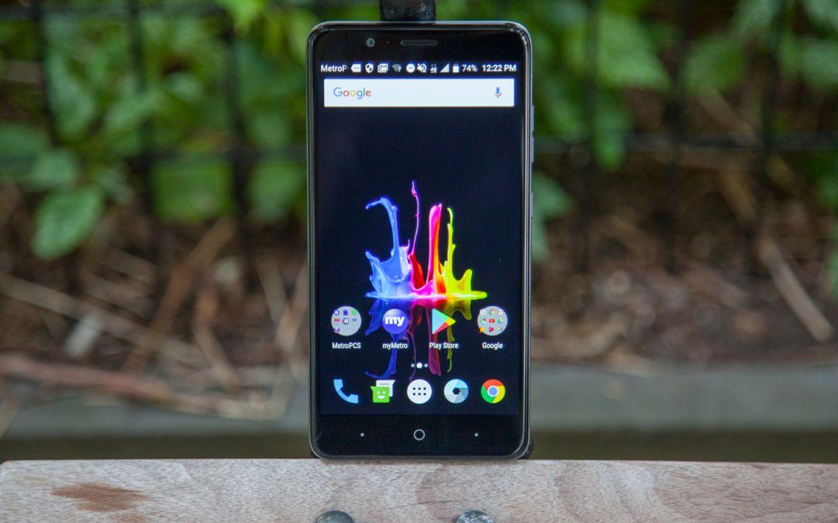 Best Smartphones for Seniors 2018 | Tom's Guide