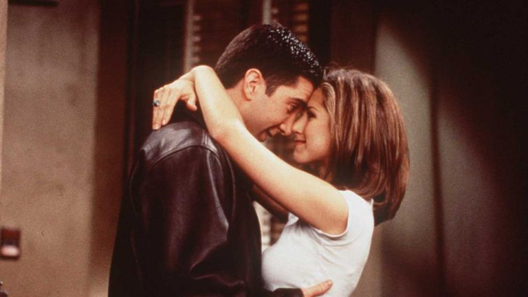 """1996 DAVID SCHWIMMER AND JENNIFER ANISTON OF THE TV HIT SERIES """"FRIENDS"""""""