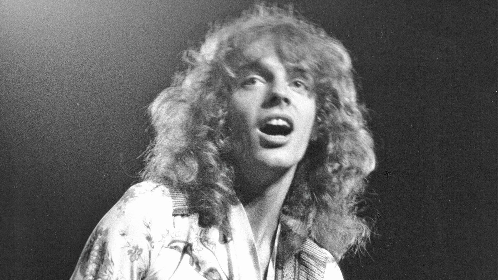 Peter Frampton Tells All: Life-Changing Diagnosis, New Album, Harrison, Bowie and Humble Pie | Guitarworld