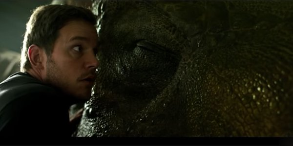 chris pratt with giant dinosaur in jurassic world: fallen kingdom