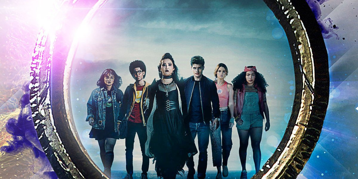 Marvel's Runaways the gang lines up in a mirror