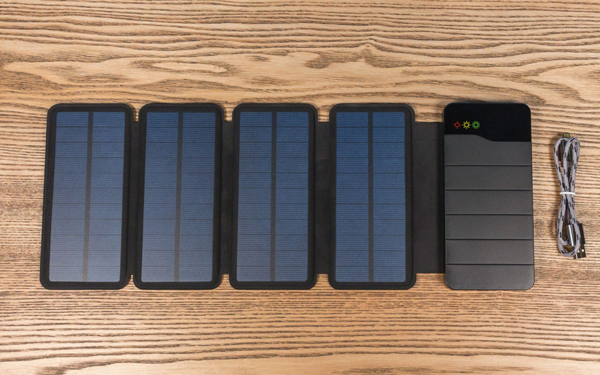 The Best Solar Phone Chargers of 2019 | Top Ten Reviews