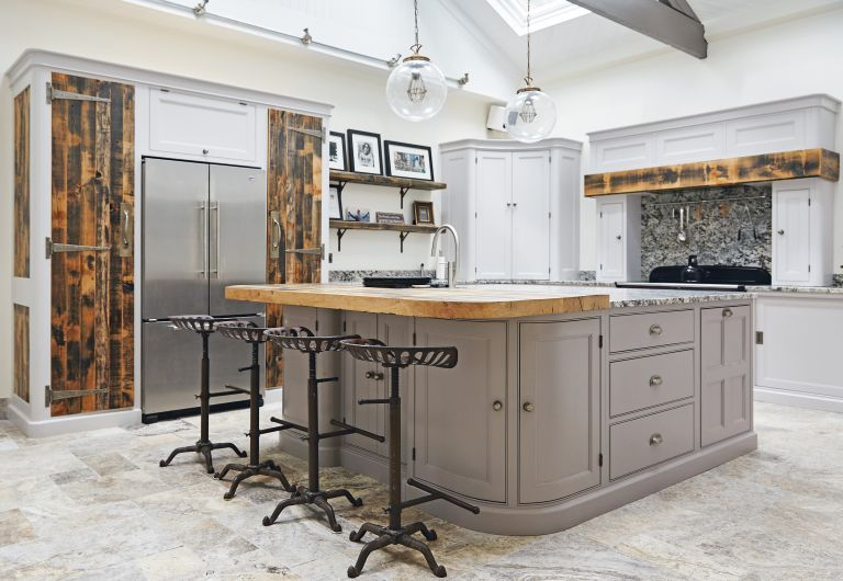 How to design a kitchen for an old home real homes todo alt text solutioingenieria Image collections