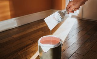 Painting skirting boards - step by step guide