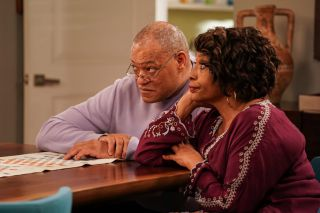 Laurence Fishburne and Jenifer Lewis in 'Black-ish'