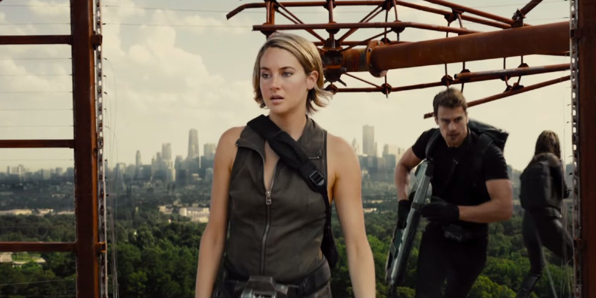 Shailene Woodley and Theo James in The Divergent Series: Allegiant