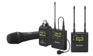 Sony's new UWP-D series wireless microphones have begun shipping.
