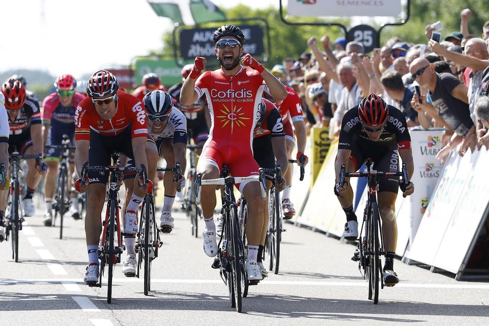 Nacer Bouhanni wins Critérium du Dauphiné stage one