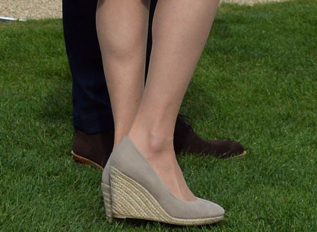 68f333498eb These sell-out Kate Middleton wedges are back in stock!