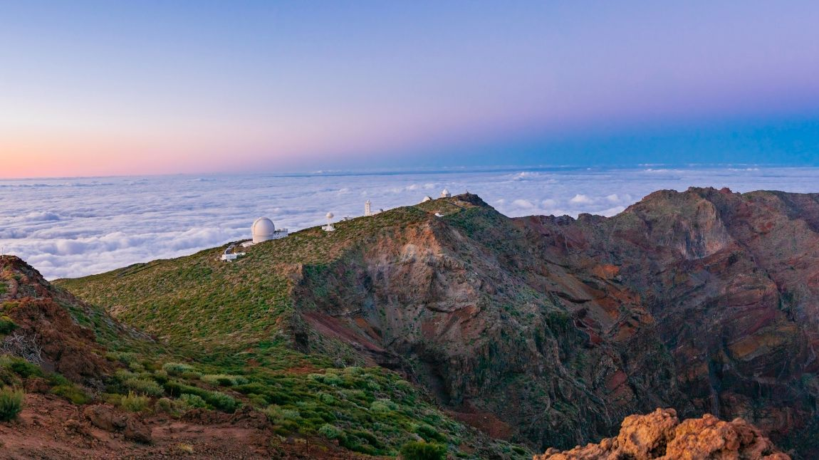 Earth's Shadow and the 'Belt of Venus' Arc Over La Palma in a Scenic Panorama (Photo)