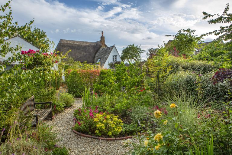 Cottage garden with gravel paths