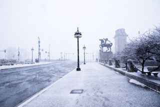 A photo shows the cold streets of Chicago during a previous cold snap.