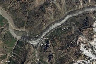 tajikistan-glacier-110729-02