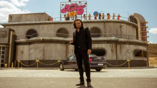 "Asier Etxeandia as Romeo in ""Sky Rojo"" on Netflix."