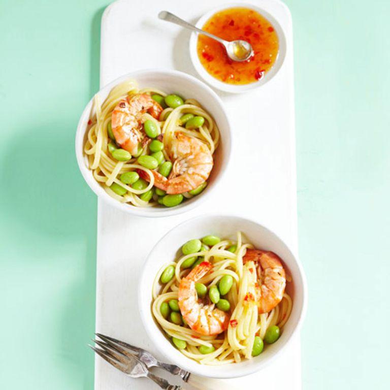 Thai-sweet-chilli-prawn-and-pasta-recipe-photo