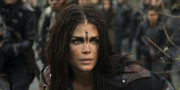 The 100 Will 'Shock The Viewers' With Bellamy And Octavia In