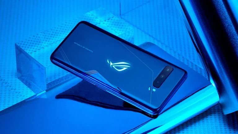 Asus ROG Phone 3 vs Razer Phone 2 best gaming phones 2021