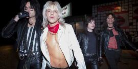 Netflix's The Dirt Trailer Brings Motley Crue's Story To The Screen