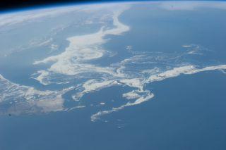 sea ice swilrs near Japan