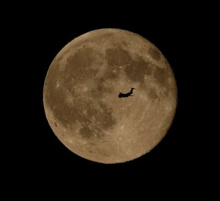 Full Moon with Airplane