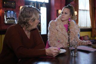Linda Carter accuses Shirley Carter